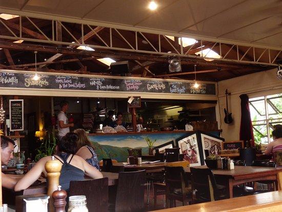 Bellingen, Австралия: Inside cafe