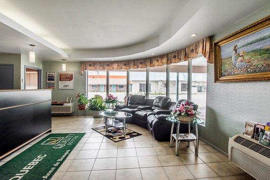 ซีราคิวส์, เนบราสก้า: Lobby with sitting area