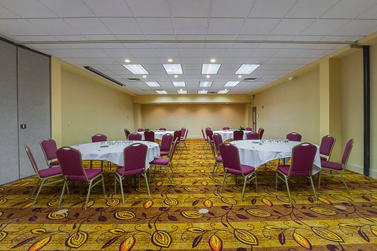 Painesville, OH: Meeting Room Superior Room