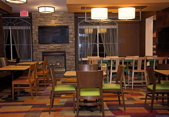 Butler, PA: Dining Area