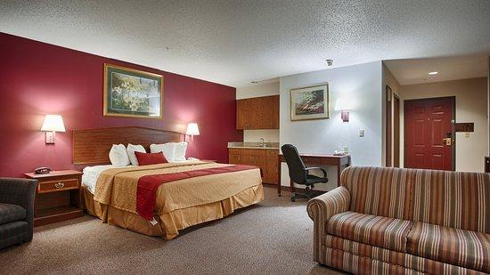 Okmulgee, OK: King Suite
