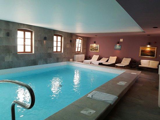 Hotel Vela Vrata: image-0-02-05-50ccea8dc1987ea6e13a71bb48a85bcfcb97fd7e6075e783796597a10536c990-V_large.jpg
