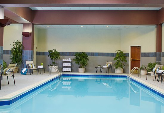 Warrensville Heights, OH: Indoor Pool