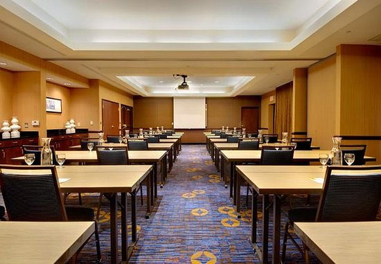 Courtyard Madison East: Meeting Room