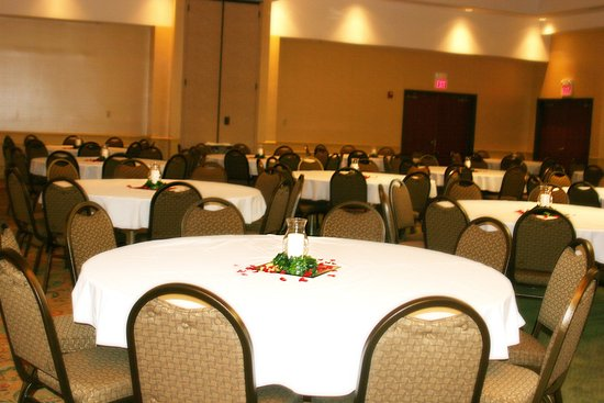 Holiday Inn Poplar Bluff: We have 6,000 Square Feet of Meeting & Banquet Space