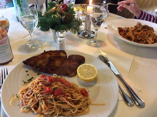 Kelsterbach, Germany: Mittagessen mit meiner Schwiegermutter und meinem Mann ;-))