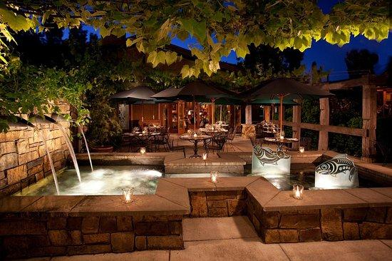 Вудинвилл, Вашингтон: Barking Frog Patio Willows Lodge