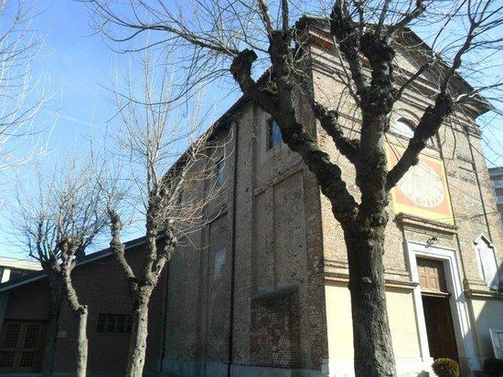 Grugliasco, อิตาลี: Esterno chiesa