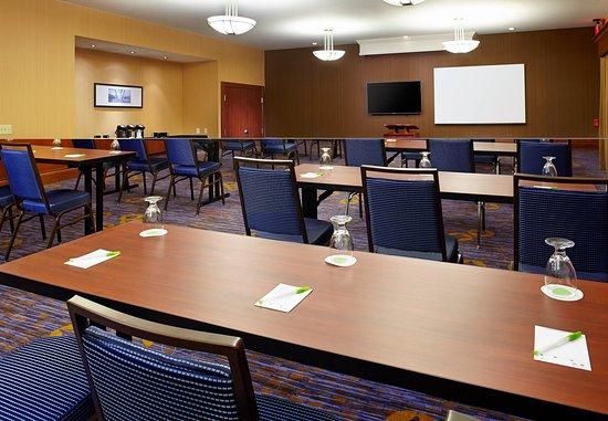 Greensburg, PA: Meeting Room - Classroom Setup