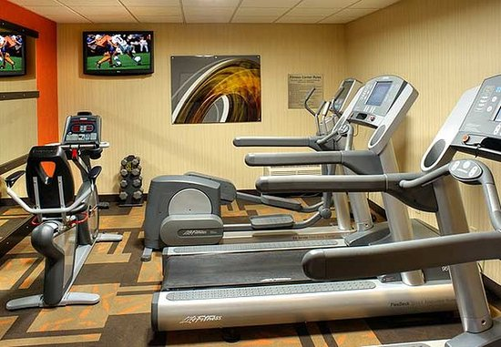 Waukegan, IL: Fitness Center