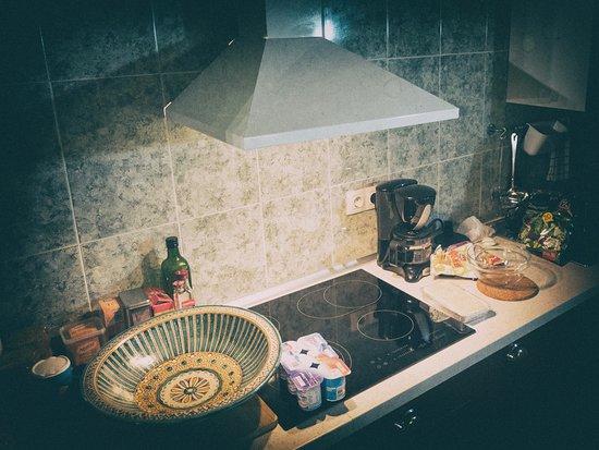 Acedo, Espagne : 近代的なキッチンが備え付けられています