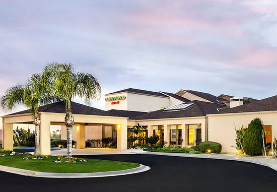 Photo of Courtyard By Marriott Fresno