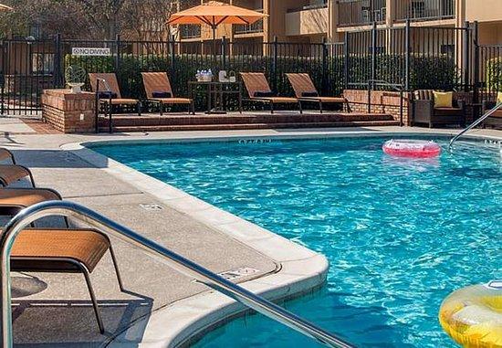 Marietta, جورجيا: Outdoor Pool
