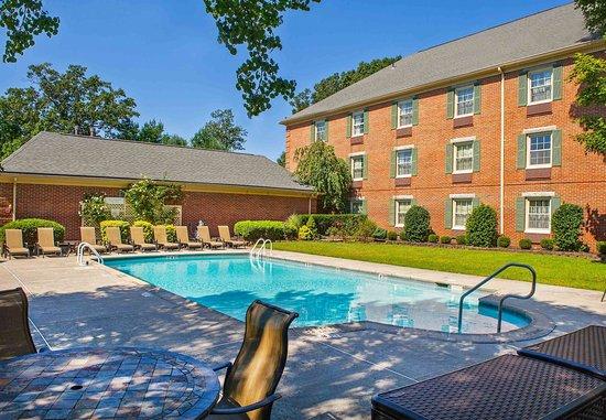 Tinton Falls, Nueva Jersey: Outdoor Pool