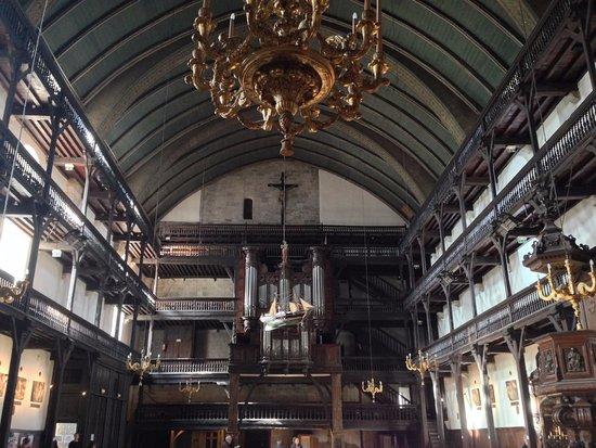 St-Jean-de-Luz, Francia: Interior iglesia