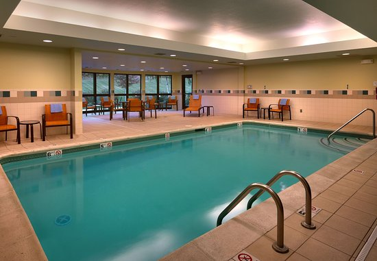 Shawnee, Канзас: Indoor Pool