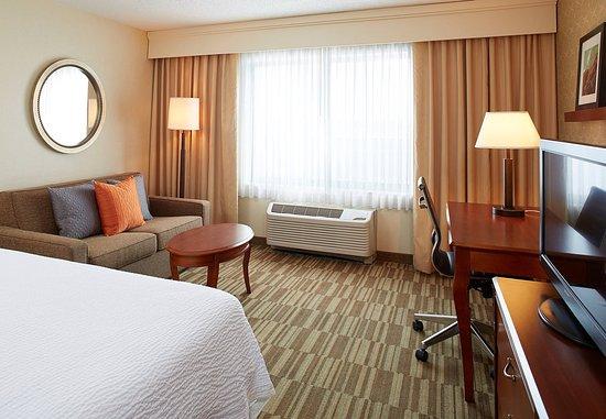 แองเกิลวูด, โคโลราโด: King Guest Room