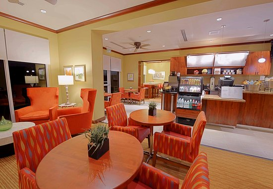 Jensen Beach, Floryda: Bistro Seating Area
