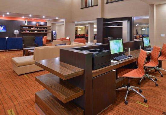 Decatur, AL: Business Center