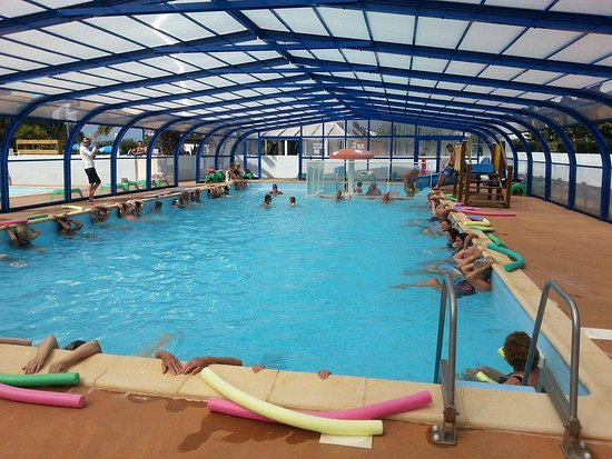 Clohars-Carnoet, France: animations sportives - aquagym