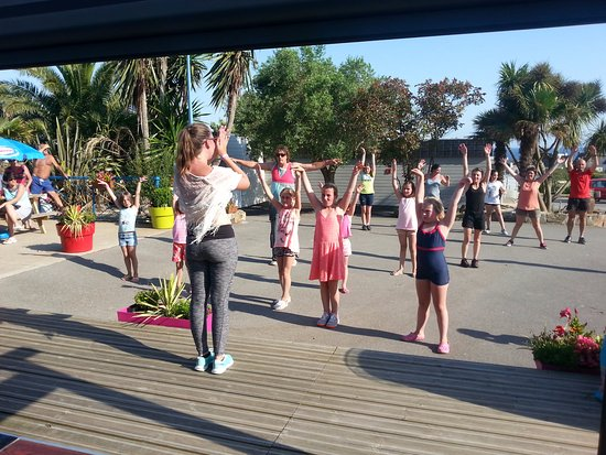 Clohars-Carnoet, France: animations sportives - zumba