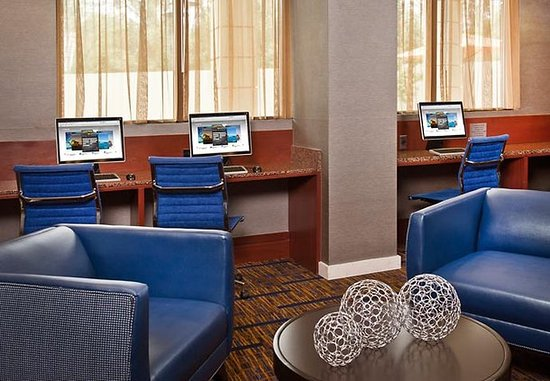 Annapolis Junction, MD: Business Center