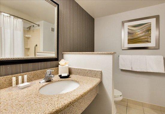 Malvern, Pensylwania: Guest Bathroom