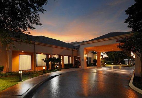 Courtyard Houston Hobby Airport