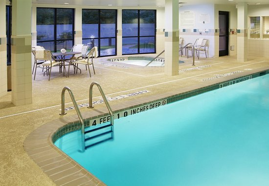 Kingston, État de New York : Indoor Pool & Whirlpool