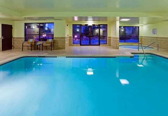 Louisville, CO: Indoor Pool