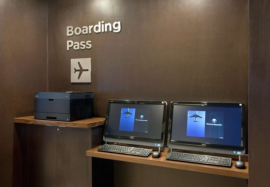 Pleasant Hill, Californien: Boarding Pass Station