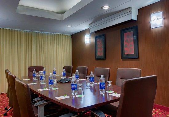 Sandston, VA: Richmond Room