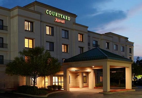 Courtyard By Marriott Buffalo Amherst