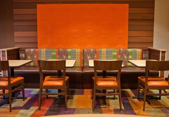 Salida, Калифорния: Dining Area