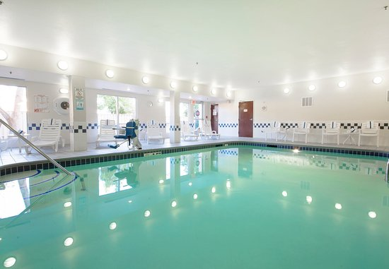 Tracy, CA: Indoor Pool