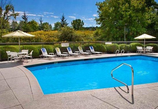 Williston, VT: Outdoor Pool