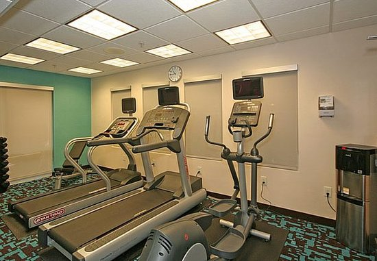 Fairfield Inn & Suites Greensboro Wendover: Fitness Center