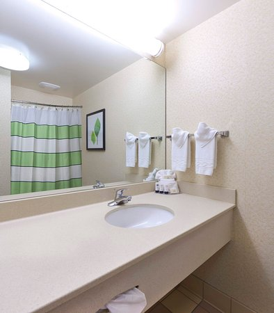 Lexington Park, MD: Guest Bathroom