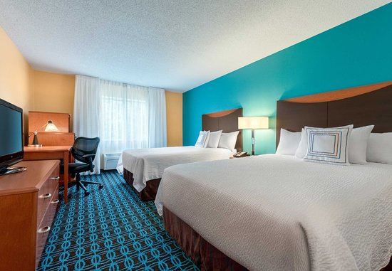 Stevens Point, WI: Queen/Queen Guest Room