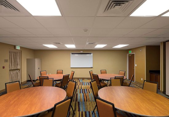 Rancho Cordova, CA: Meeting Room – Banquet Setup