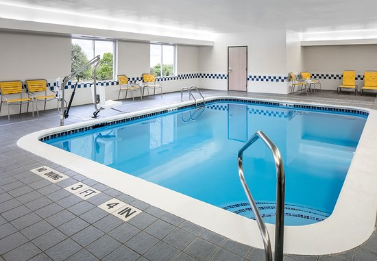 Olathe, Kansas: Indoor Pool