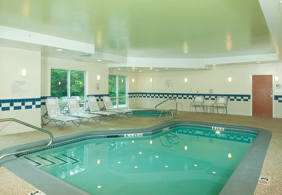 Brunswick, ME: Indoor Pool