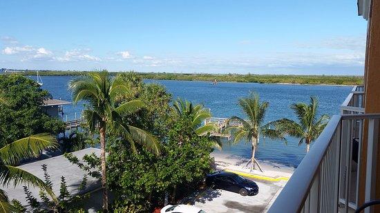 Hutchinson Island Plaza Hotel and Suites Bild