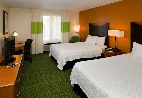 Fenton, MO: Double/Double Guest Room