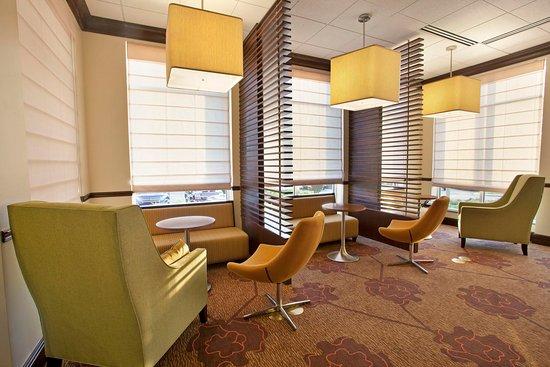 Smyrna, TN: Lobby Seating