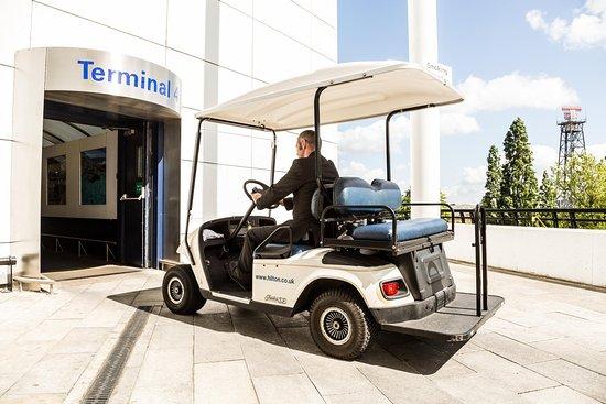 هيلتون لندن هيثرو إيربورت هوتل: Transport to terminal