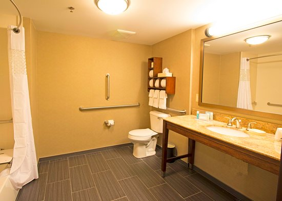 Grove City, OH : Bathroom with Roll-In Shower