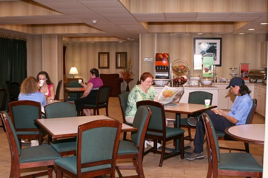 Barboursville, Wirginia Zachodnia: Breakfast Dining Area