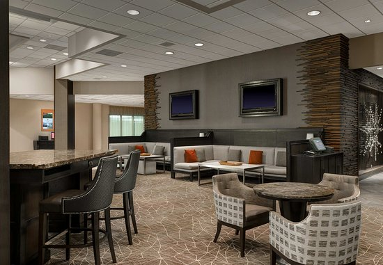 Irving, TX: Greatroom Seating Area