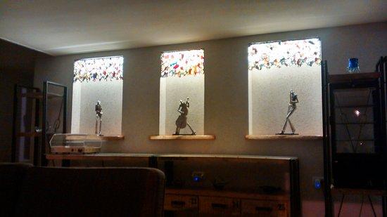 Arbel Suites Hotel: Decoração muito bonita com lustres maravilhosos